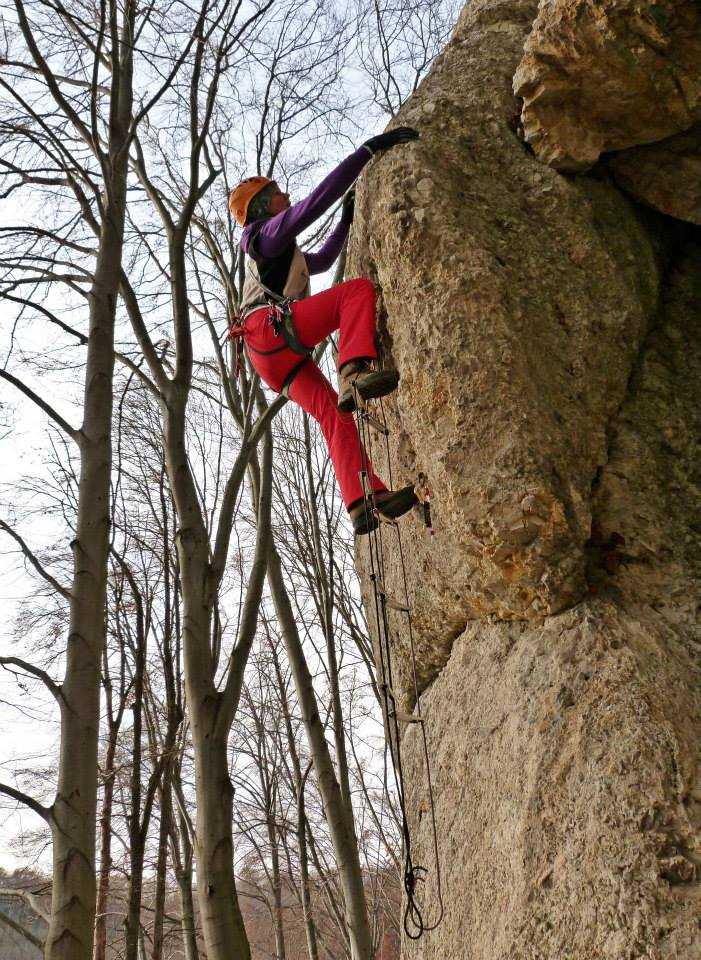 Mesterséges mászó-találkozó Köpüskőn