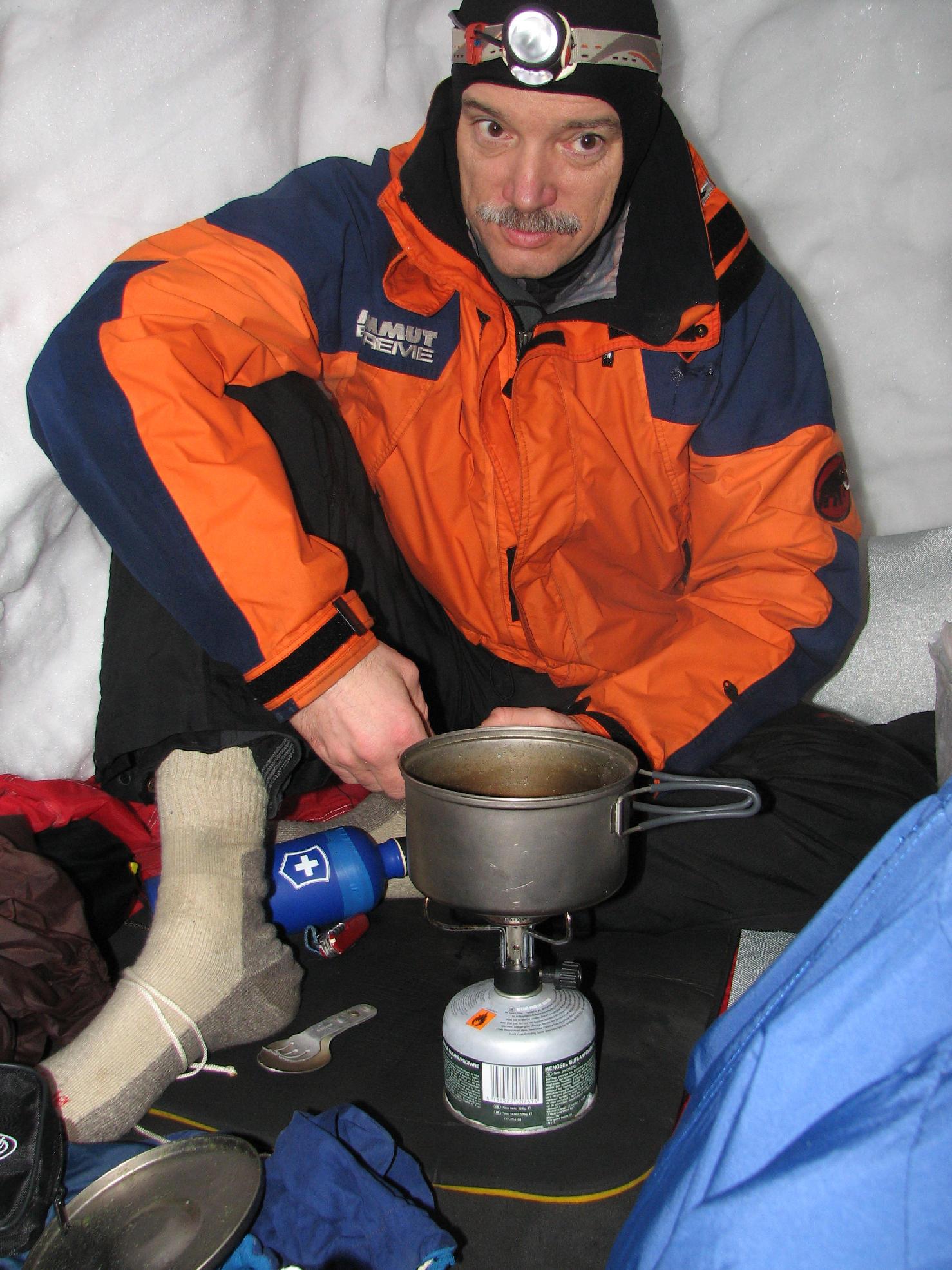 Téli hóbarlang - Batizfalvi völgy